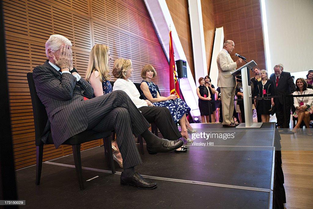 Former President Bill Clinton, Chelsea Clinton, Hillary Rodham Clinton, Anna Wintour and Oscar De La Renta attend the Oscar De La Renta: American Icon reception at the William J. Clinton Presidential Center on July 08, 2013 in Little Rock, Arkansas.