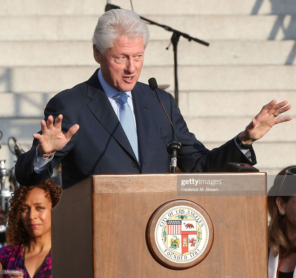 Former President <a gi-track='captionPersonalityLinkClicked' href=/galleries/search?phrase=Bill+Clinton&family=editorial&specificpeople=67203 ng-click='$event.stopPropagation()'>Bill Clinton</a> during President <a gi-track='captionPersonalityLinkClicked' href=/galleries/search?phrase=Bill+Clinton&family=editorial&specificpeople=67203 ng-click='$event.stopPropagation()'>Bill Clinton</a> Pays Tribute to Mayor Antonio Villaraigosa at Celebrate LA! on June 7, 2013 in Los Angeles, California.