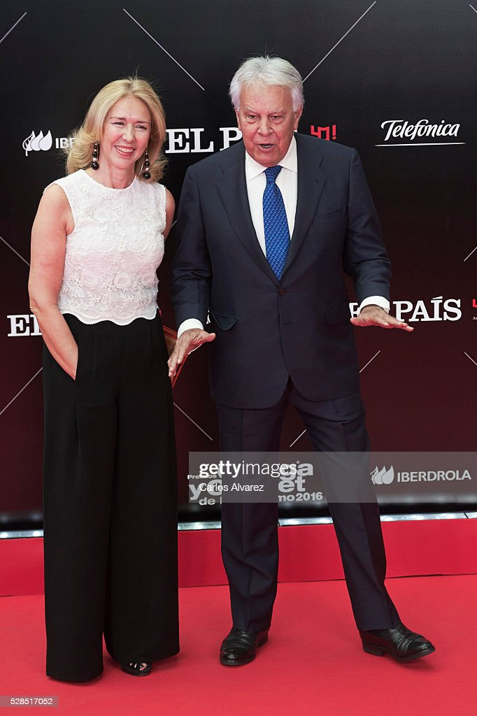 Former President Felipe Fonzalez and wife Maria del Mar Garcia Vaquero attend 'Ortega Y Gasset' journalism awards 2016 at Palacio de Cibeles on May 05, 2016 in Madrid, Spain.