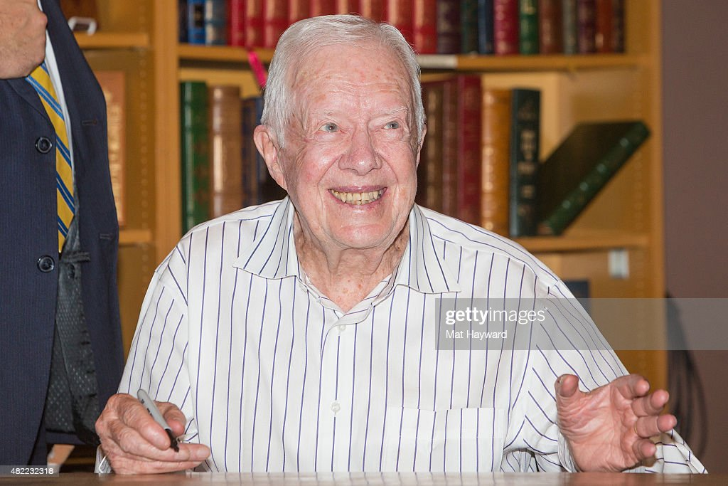 Former President <a gi-track='captionPersonalityLinkClicked' href=/galleries/search?phrase=Jimmy+Carter+-+US+President&family=editorial&specificpeople=93589 ng-click='$event.stopPropagation()'>Jimmy Carter</a> promotes his book 'A Full Life: Reflections At Ninety' at Third Place Books on July 28, 2015 in Lake Forest Park, Washington.