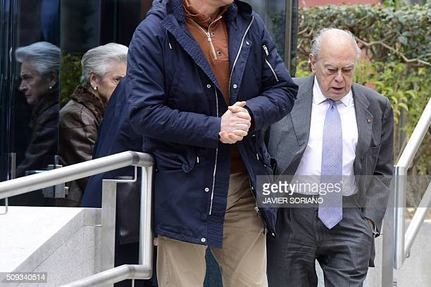 Former president of Catalonia Jordi Pujol and his wife Marta Ferrusola leave the National Court in Madrid following an appearance on February 10 2016...