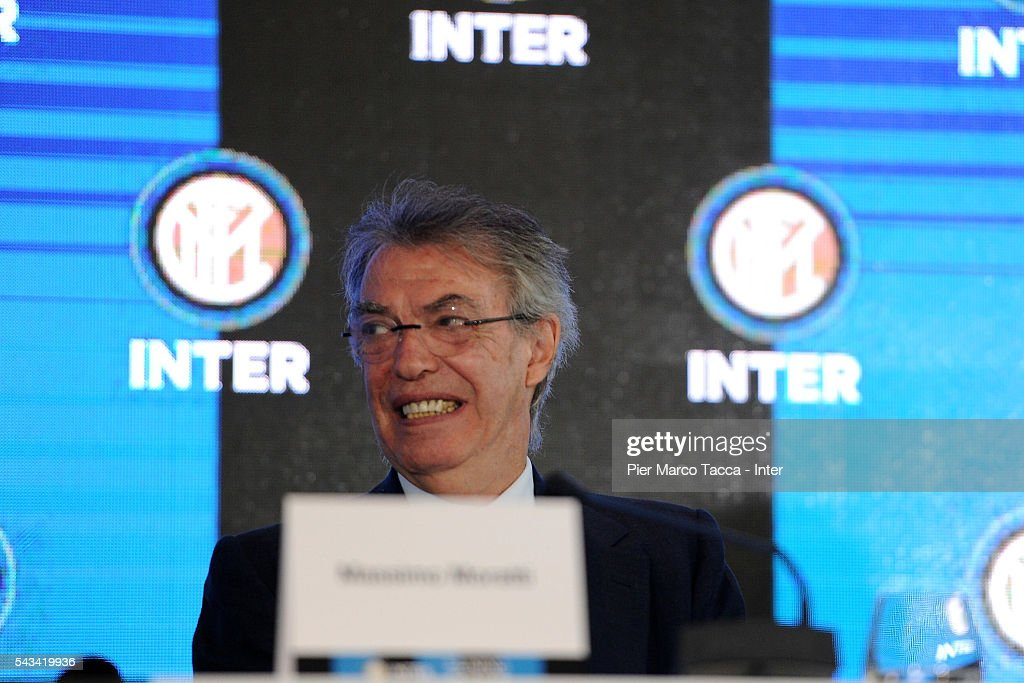 Former President of FC Internazionale, <a gi-track='captionPersonalityLinkClicked' href=/galleries/search?phrase=Massimo+Moratti&family=editorial&specificpeople=2726881 ng-click='$event.stopPropagation()'>Massimo Moratti</a> speaks during the FC Internazionale Shareholder's Meeting on June 28, 2016 in Milan, Italy.