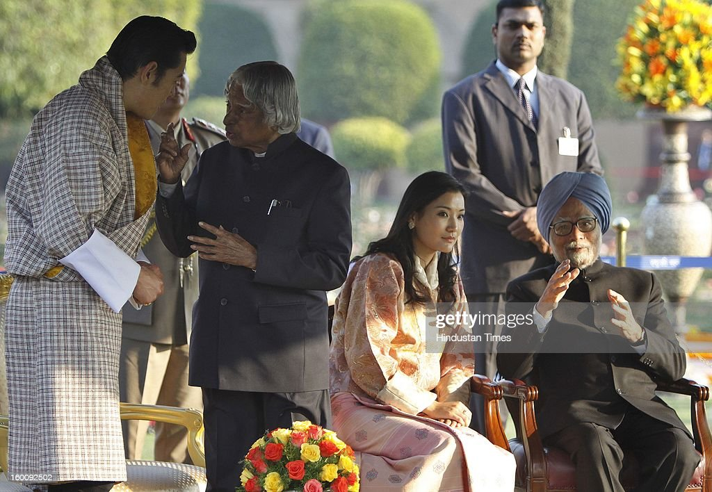 Former President of India APJ Abdul Kalam in conversation with chief guest King of Bhutan, Jigme Khesar Namgyel Wangchuck, Prime Minister of India Dr. Manmohan Singh with Queen Jetsun Pema at Rashtrapati Bhavan on Republic Day on January 26, 2013 in New Delhi, India. India marked its Republic Day with celebrations held under heavy security, especially in New Delhi where large areas were sealed off for an annual parade of military hardware.