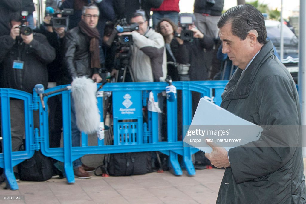 Former President of the Balearic Islands Jaume Matas arrives at the courtroom at the Balearic School of Public Administration for summary proceedings on February 09, 2016 in Palma de Mallorca, Spain. Princess Cristina of Spain, sister of King Felipe VI of Spain, faces a tax fraud trial over alleged links to business dealings of her husband, Inaki Urdangarin Princess Cristina co-owned with her husband a company called Aizoon alleged to be one of the companies used by the non-profit foundation named 'Instituto NOOS', headed by Inaki Urdangarin to misuse 5.6 million euro of public funds which were allocated to organise sports and tourism events on February 9, 2016 in Palma de Mallorca, Spain.