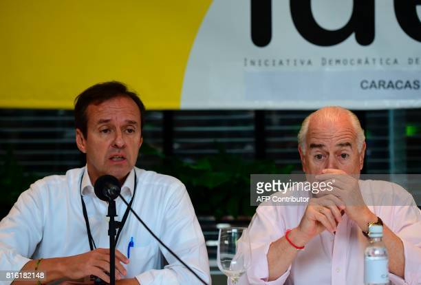 Former presidents Jorge Quiroga of Bolivia and Andres Pastrana of Colombia invited by the Venezuelan opposition to act as observer for yesterday's...