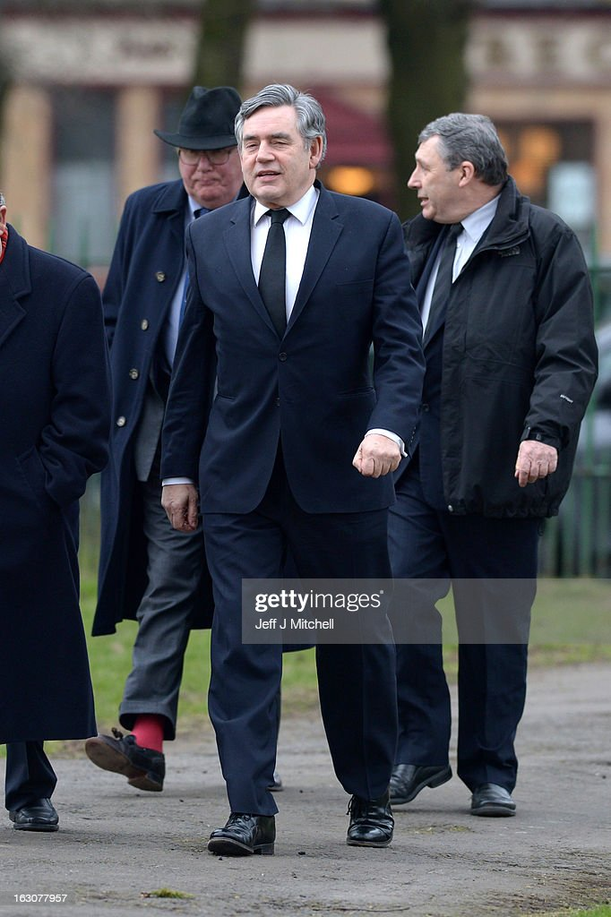 Former Prime Minister <a gi-track='captionPersonalityLinkClicked' href=/galleries/search?phrase=Gordon+Brown&family=editorial&specificpeople=158992 ng-click='$event.stopPropagation()'>Gordon Brown</a> attends the memorial service of former Scottish Secretary and European Commissioner Bruce Millan at Govan Parish Church on March 4, 2013 in Glasgow, Scotland. Bruce Millan died last Thursday aged 85 he had recently been diagnosed with cancer.