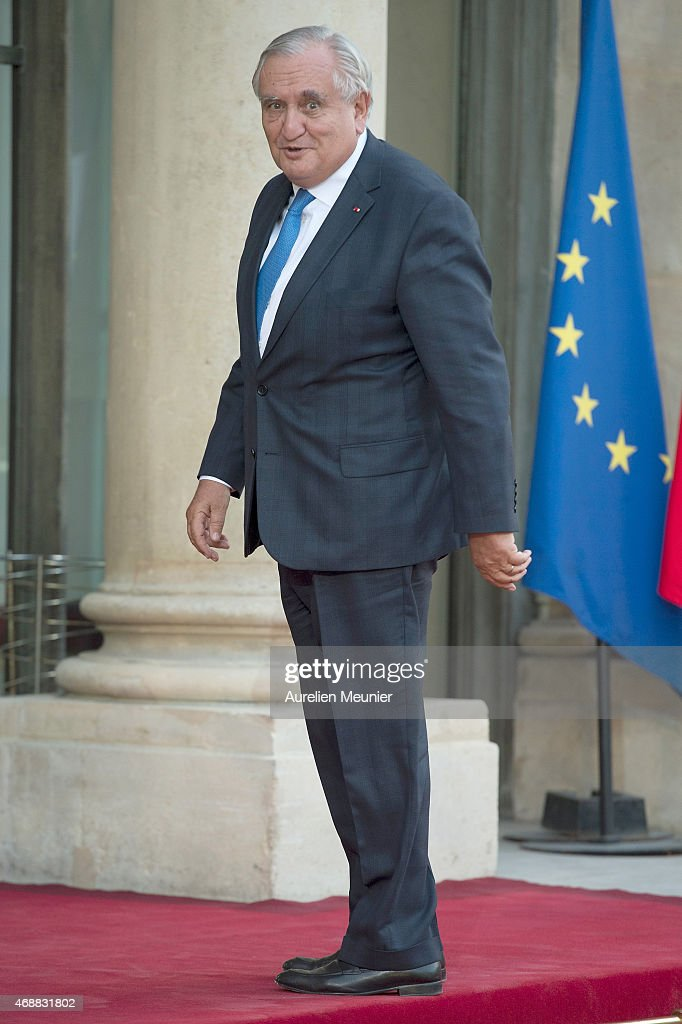 Former Prime Minister Jean-Pierre Raffarin arrives to the State Dinner in honor of Tunisian President Beji Caid Essebsi at Elysee Palace on April 7, 2015 in Paris, France. The President of Tunisia Beji Caid Essebsi started a 2 days visit on April 7th.