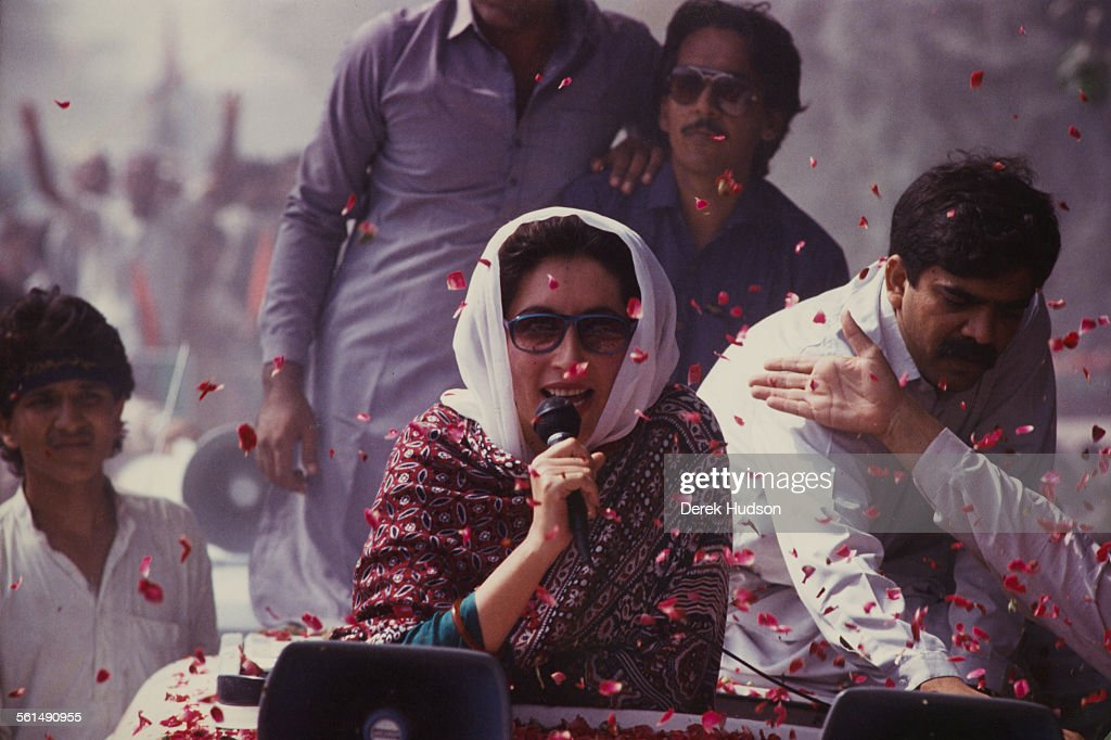 Former Prime Minister of Pakistan, <a gi-track='captionPersonalityLinkClicked' href=/galleries/search?phrase=Benazir+Bhutto&family=editorial&specificpeople=202012 ng-click='$event.stopPropagation()'>Benazir Bhutto</a> (1953 - 2007) campaigning for the Pakistan Peoples Party (PPP) in the week before the Pakistani General Election, Pakistan, 15-16th October 1990.
