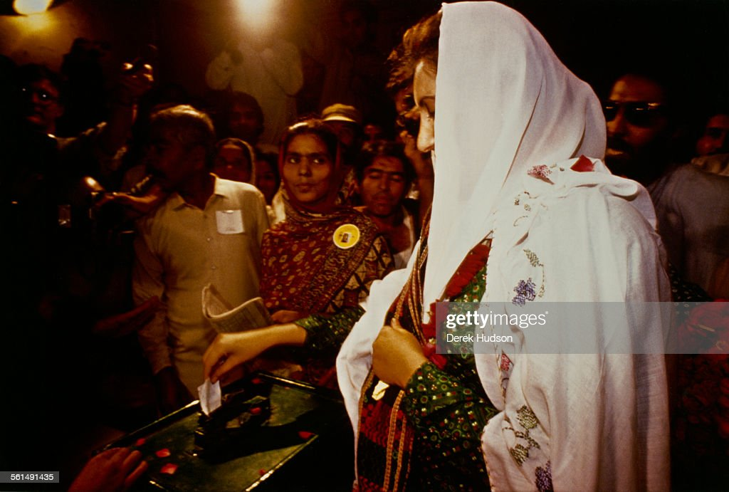 Former Prime Minister of Pakistan, Benazir Bhutto (1953 - 2007), leader of the Pakistan Peoples Party (PPP), voting in the Pakistani General Election, Pakistan, 24th October 1990.