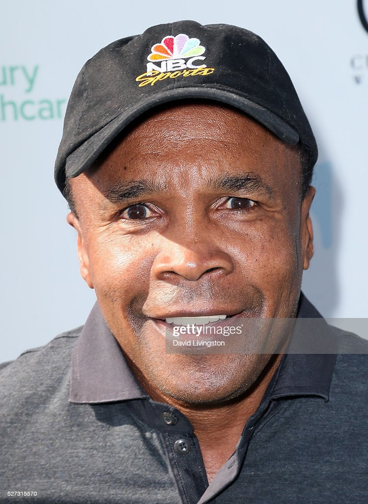 Former pro boxer <a gi-track='captionPersonalityLinkClicked' href=/galleries/search?phrase=Sugar+Ray+Leonard&family=editorial&specificpeople=206479 ng-click='$event.stopPropagation()'>Sugar Ray Leonard</a> attends the Ninth Annual George Lopez Celebrity Golf Classic at Lakeside Golf Club on May 2, 2016 in Burbank, California.