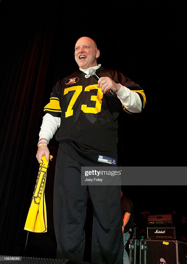 Former professional American football player Craig Wolfley talks to the fans onstage during the Steelers Playoff Party at Stage AE on January 14, 2011 in Pittsburgh, Pennsylvania.