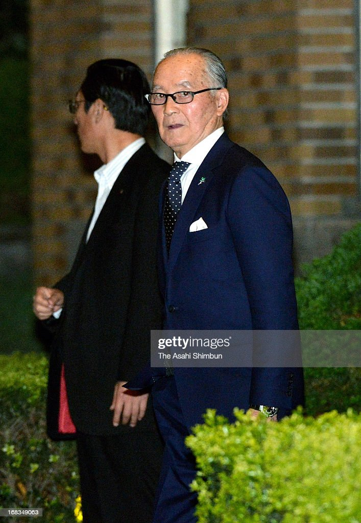 Former professional baseball player and the People's Honor Award winner Shigeo Nagashima leaves the Prime Minister Shinzo Abe's residence after...