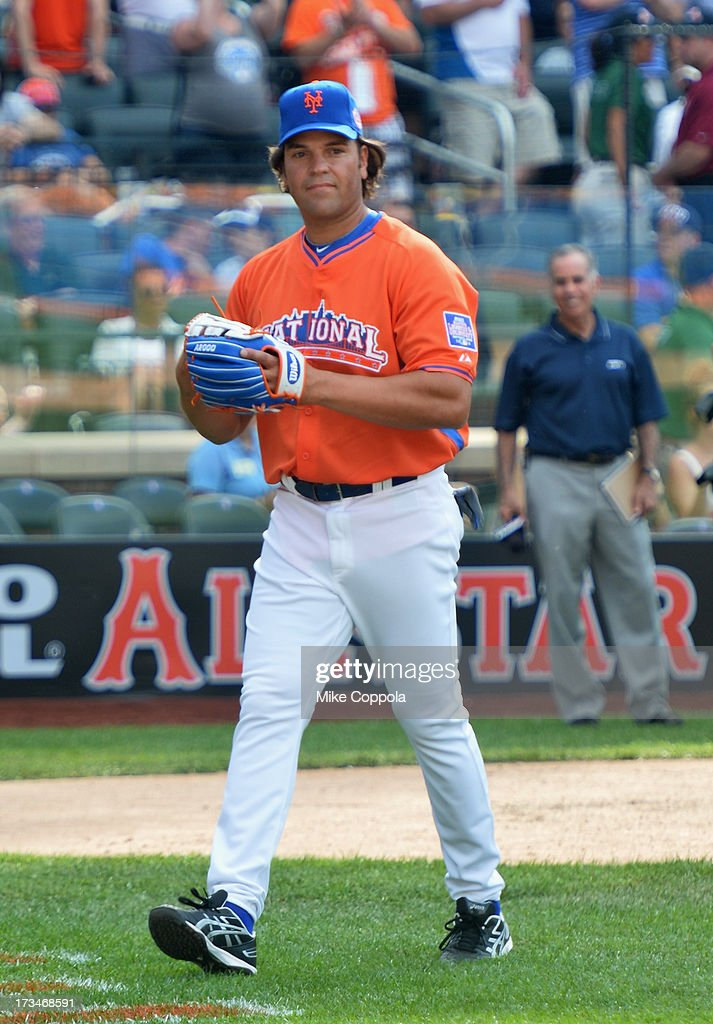 Former professional baseball player <a gi-track='captionPersonalityLinkClicked' href=/galleries/search?phrase=Mike+Piazza&family=editorial&specificpeople=201920 ng-click='$event.stopPropagation()'>Mike Piazza</a> attends the Taco Bell All-Star Legends & Celebrity Softball Game at Citi Field on July 14, 2013 in New York City.