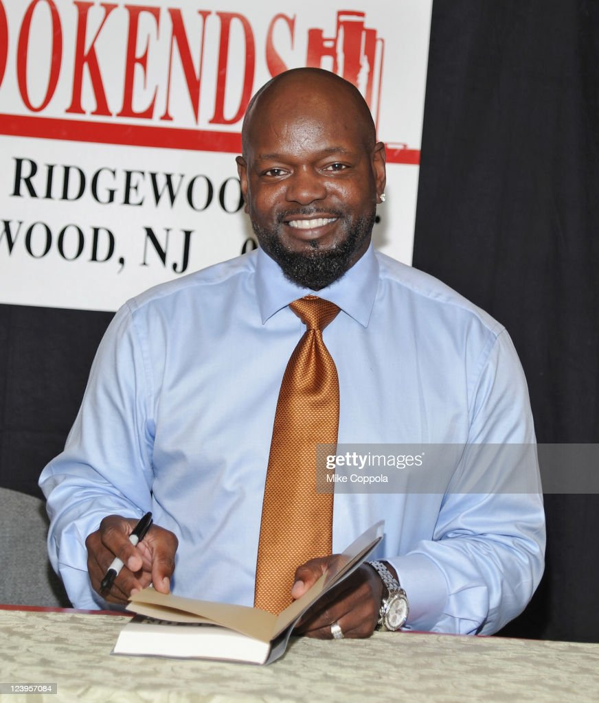 Former professional football player Emmitt Smith promotes 'Game On Find Your Purpose Pursue Your Dream' at the Bookends Bookstore on September 6 2011...