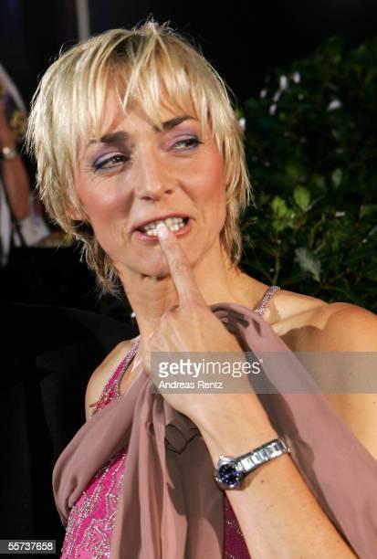 Former professional sport athlete Heike Drechsler gestures on her arrival at the Goldene Henne Awards 2005 at Friedrichstadtpalast September 21 2005...