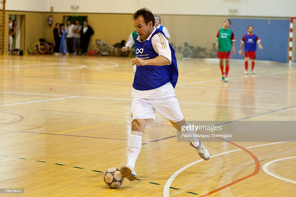 Former Real Madrid player <a gi-track='captionPersonalityLinkClicked' href=/galleries/search?phrase=Ivan+Perez&family=editorial&specificpeople=2304121 ng-click='$event.stopPropagation()'>Ivan Perez</a> takes part in a charity football match with cerebral palsy sufferers at the Spanish Superior Sports Council Grounds on October 17, 2011 in Madrid, Spain.