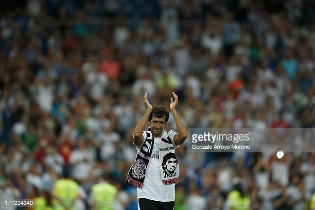 Former Real Madrid player Raul acknowledges the crowd after the Santiago Bernabeu Trophy match between Real Madrid CF and AlSadd at Estadio Santiago...
