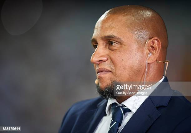 Former Real Madrid player Roberto Carlos prior the Trofeo Santiago Bernabeu match between Real Madrid and ACF Fiorentina at Estadio Santiago Bernabeu...