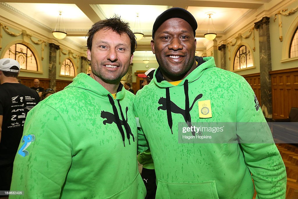 Former rugby league players <a gi-track='captionPersonalityLinkClicked' href=/galleries/search?phrase=Laurie+Daley&family=editorial&specificpeople=566873 ng-click='$event.stopPropagation()'>Laurie Daley</a> and <a gi-track='captionPersonalityLinkClicked' href=/galleries/search?phrase=Wendell+Sailor&family=editorial&specificpeople=204436 ng-click='$event.stopPropagation()'>Wendell Sailor</a> pose before the start of the ANZA Challenge on October 15, 2013 in Wellington, New Zealand.