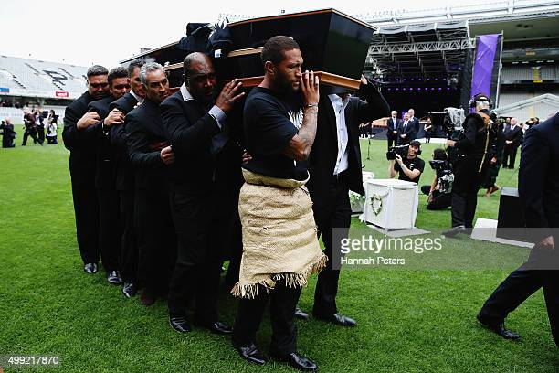 Former rugby players Dylan Mika Michael Jones Frank Bunce Joeli Vidiri and rugby League player Manu Vatuvei carry the casket carrying Jonah Lomu from...