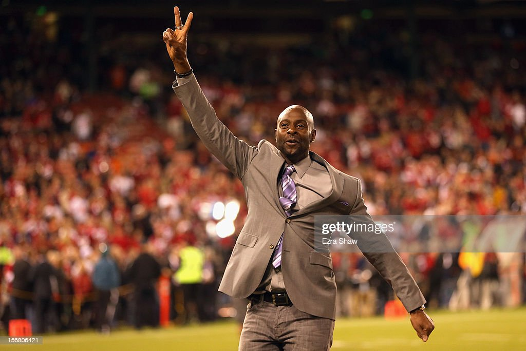 Former San Francisco 49ers great Jerry Rice waves to the crowd for the 49ers game against the Chicago Bears at Candlestick Park on November 19, 2012 in San Francisco, California.