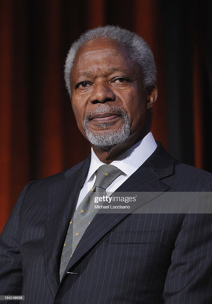Former Secretary General of the United Nations Kofi Annan attends the 2012 Global Leadership Awards Dinner at Cipriani 42nd Street on October 16, 2012 in New York City.
