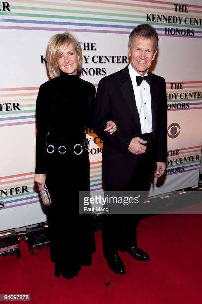 Former Senate Majority Leader Tom Daschle and wife Linda Daschle arrive at the 32nd Kennedy Center Honors at Kennedy Center Hall of States on...