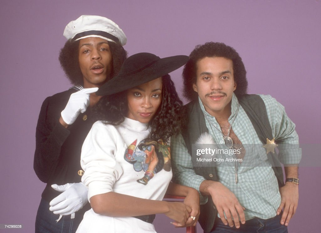 Former Soul Train danc...