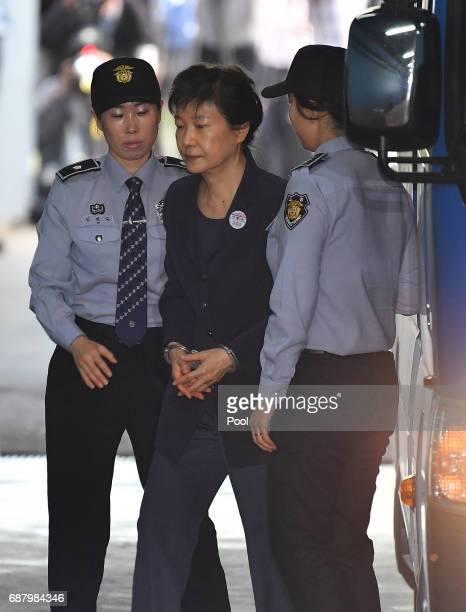 Former South Korea President Park Geunhye arrives at the Seoul Central District Court on May 25 2017 in Seoul South Korea Former South Korean...
