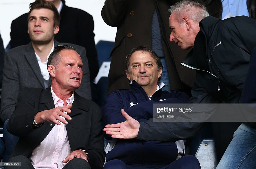 Former Spurs and England players <a gi-track='captionPersonalityLinkClicked' href=/galleries/search?phrase=Paul+Gascoigne&family=editorial&specificpeople=211121 ng-click='$event.stopPropagation()'>Paul Gascoigne</a> and Gary Mabbutt look on during the Barclays Premier League match between Tottenham Hotspur and Everton at White Hart Lane on April 7, 2013 in London, England.