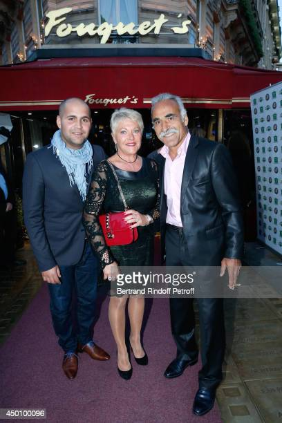 Former tennis player Mansour Bahrami his wife Frederique and their son Sam attend the Legends of Tennis Dinner Held at Restaurant Fouquet's whyle...