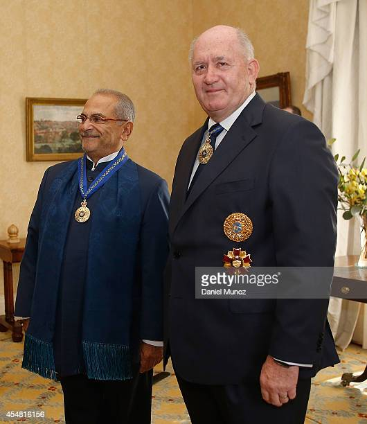 Former TimorLeste President Jose RamosHorta and Australian GovernorGeneral Peter Cosgrove during RamosHorta Investiture Ceremony at Kirribilli House...