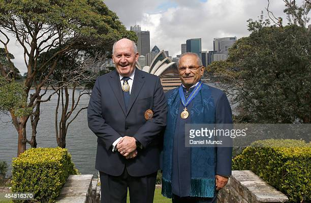 Former TimorLeste President Jose RamosHorta and Australian GovernorGeneral Peter Cosgrove pose for a picture at the gardens of Kirribilli House on...