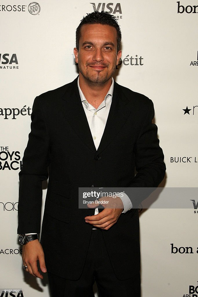 Former Top Chef contestant Fabio Viviani attends the premiere of Miramax's 'The Boys are Back' at the Bon Appetit Supper Club and Cafe on September...