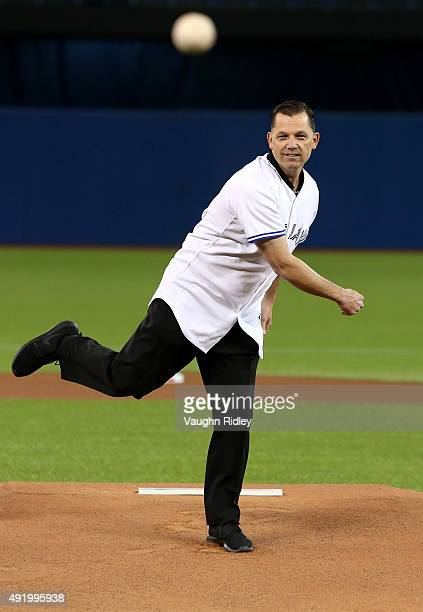 Former Toronto Blue Jays Pat Hentgen throws out the first pitch before game two of the American League Division Series against the Texas Rangers at...