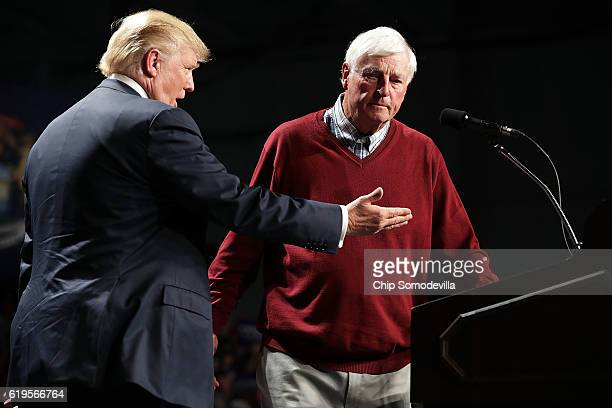 Former University of Indiana basketball coach Bobby Knight introduces Republican presidential nominee Donald Trump during a campaign rally at Macomb...