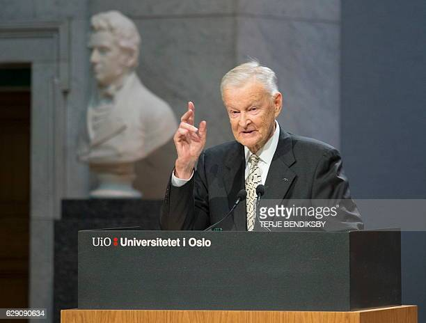 Former US National Security Advisor Zbigniew Brzezinski speaks at the Nobel Peace Prize Forum in Oslo December 11 2016 / AFP / NTB Scanpix / Terje...