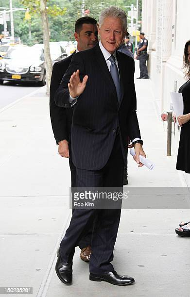 Former US President Bill Clinton attends the funeral service for Marvin Hamlisch at Temple EmanuEl on August 14 2012 in New York City Hamlisch died...