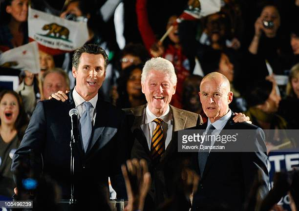 Former US President Bill Clinton Democratic gubernatorial candidate and California State Attorney General Jerry Brown and San Francisco Mayor Gavin...
