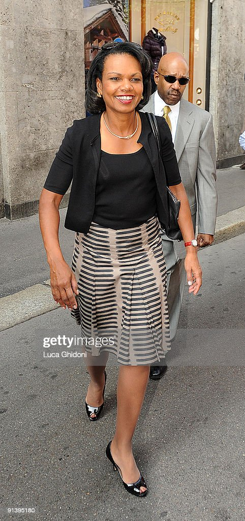 Former US Secretary of State <a gi-track='captionPersonalityLinkClicked' href=/galleries/search?phrase=Condoleezza+Rice&family=editorial&specificpeople=157540 ng-click='$event.stopPropagation()'>Condoleezza Rice</a> shops at Salvatore Ferragamo on October 4, 2009 in Milan, Italy.