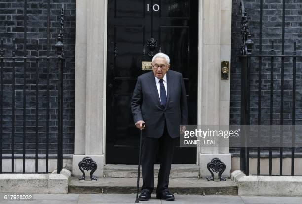 Former US Secretary of State Henry Kissinger arrives at 10 Downing Street in central London on October 25 2016 / AFP / Daniel LealOlivas