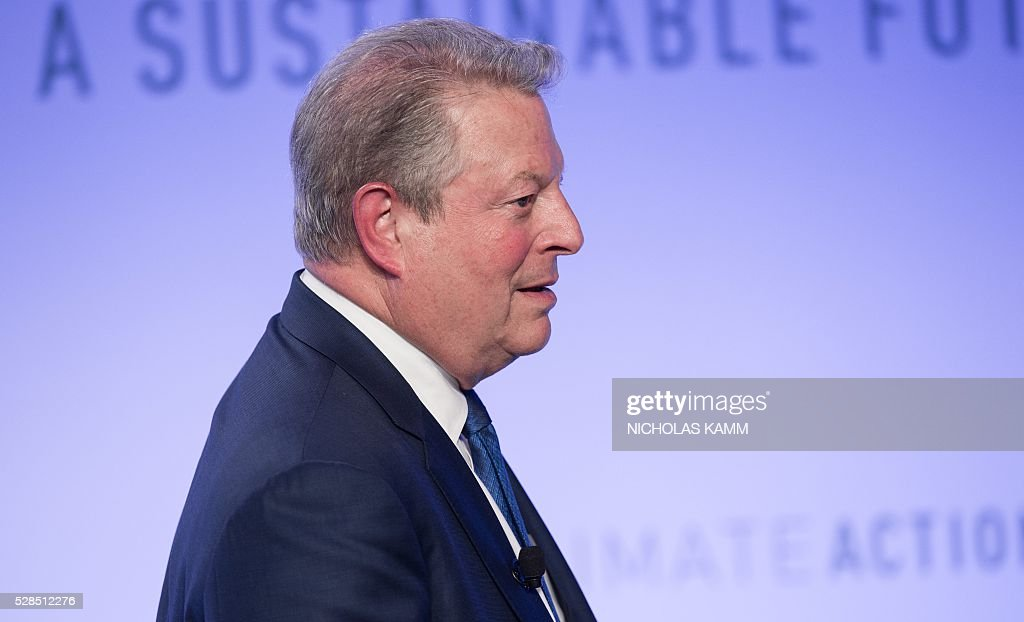 Former US vice president Al Gore arrives to participate in a conversation on 'Climate Action: A Convenient Truth' at the Climate Action 2016 conference in Washington, DC, on May 5, 2016. / AFP / NICHOLAS