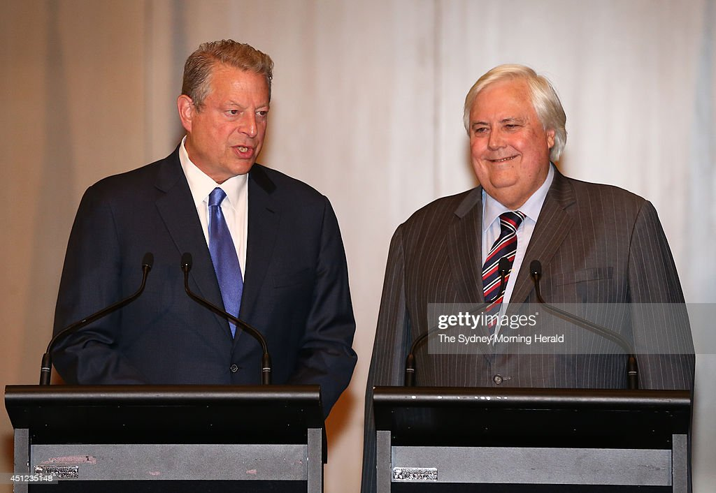 Former U.S. Vice President Al Gore (L) joins leader of the Palmer United Party, <a gi-track='captionPersonalityLinkClicked' href=/galleries/search?phrase=Clive+Palmer&family=editorial&specificpeople=5874044 ng-click='$event.stopPropagation()'>Clive Palmer</a>, in a press conference at Parliament House on June 25, 2014 in Canberra, Australia. Palmer announced his party will support the repeal of the carbon tax and the introduction of a new emissions trading scheme.