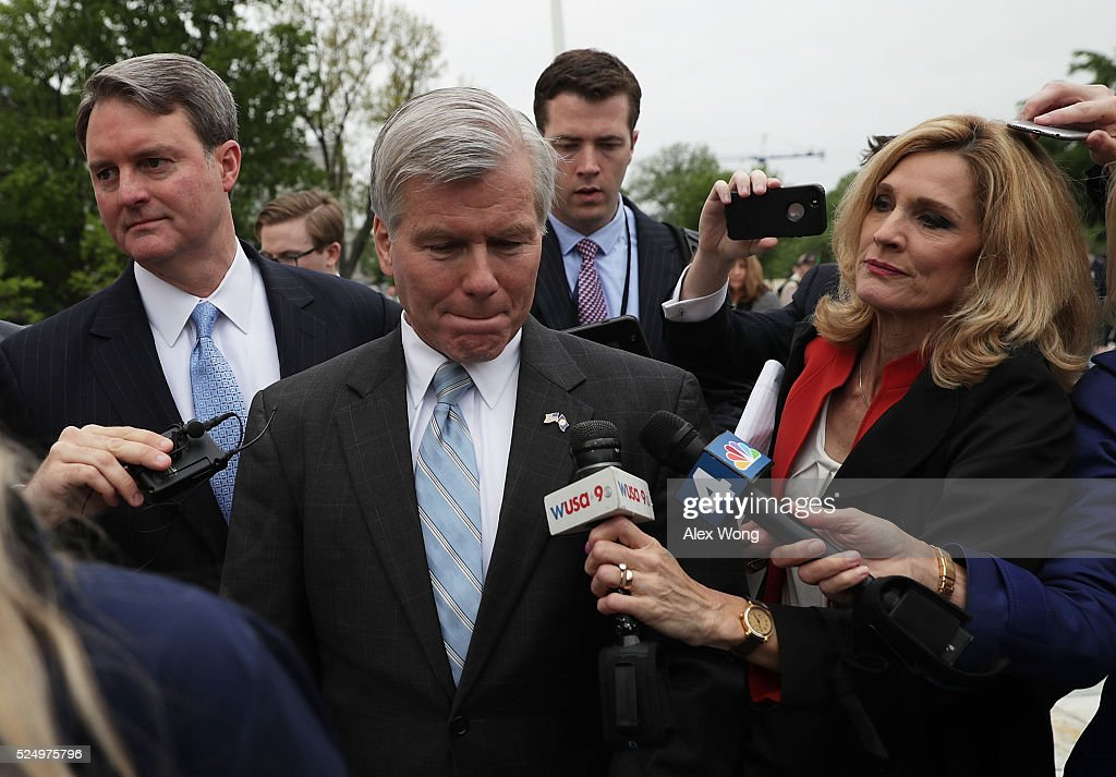 Supreme Court Hears Former Virginia Gov. Bob McDonnell's Corruption Appeal Case
