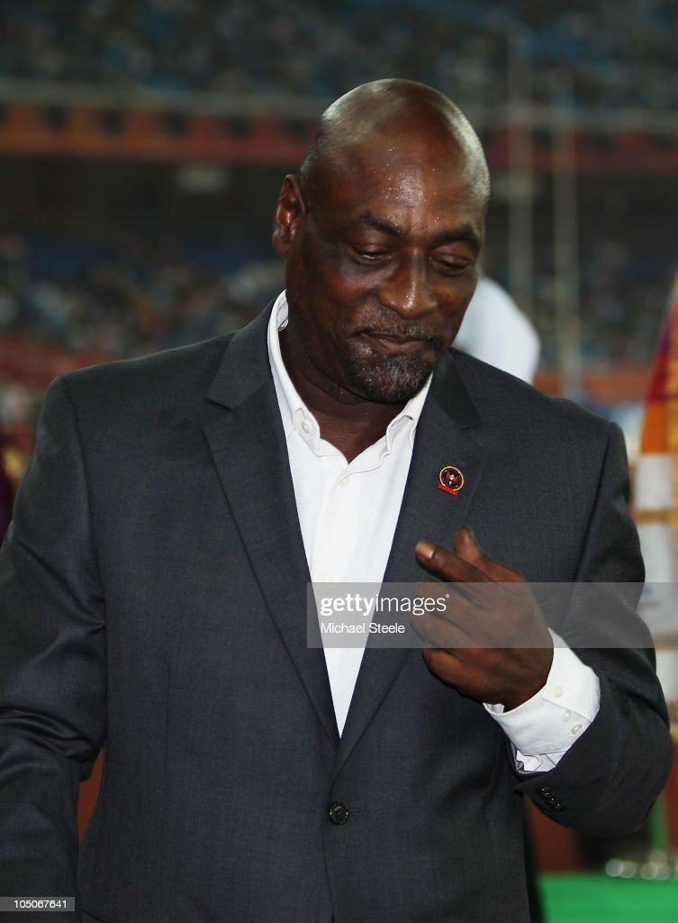 Former West Indian cricketer Sir <a gi-track='captionPersonalityLinkClicked' href=/galleries/search?phrase=Viv+Richards&family=editorial&specificpeople=622151 ng-click='$event.stopPropagation()'>Viv Richards</a> attends the medal ceremony for the women's 1500 metres during day five of the Delhi 2010 Commonwealth Games at the Jawaharlal Nehru Stadium on October 8, 2010 in Delhi, India.