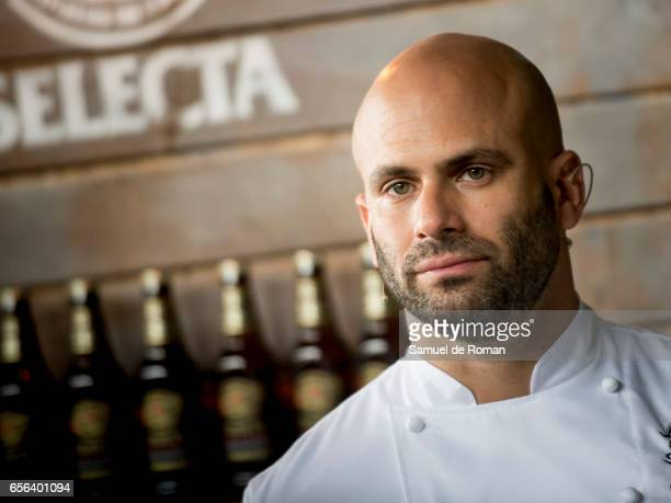 Former White House Chef Sam Kass presents the 'Exploratorium San Miguel beer' on March 23 2017 in Madrid Spain