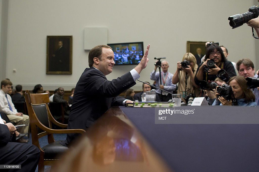 Former White House Press Secretary Scott McClellan sits down at the witness table before testimony about his comments on the Bush administration's run-up to the Iraq war from his book before the House Judiciary Committee on Capitol Hill in Washington, June 20, 2008.