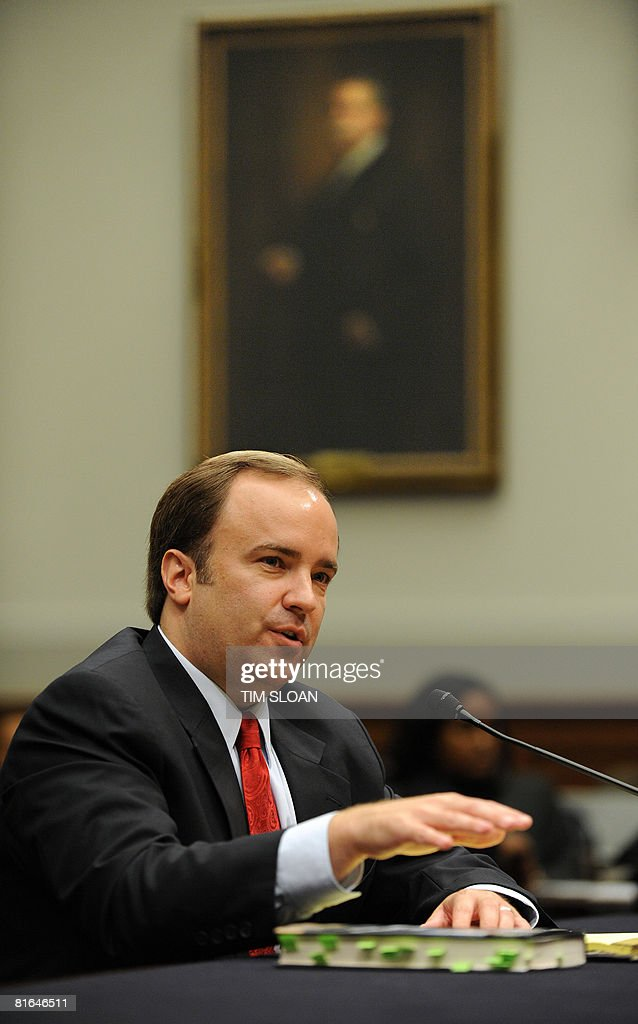 Former White House Press Secretary Scott McClellan testifies during a House Judiciary Committee hearing on Capitol Hill, June 20, 2008 in Washington, DC. The committee's focus is on reported attempts to cover up the involvement of White House officials in the leak of the covert identity of CIA officer Valerie Plame Wilson.