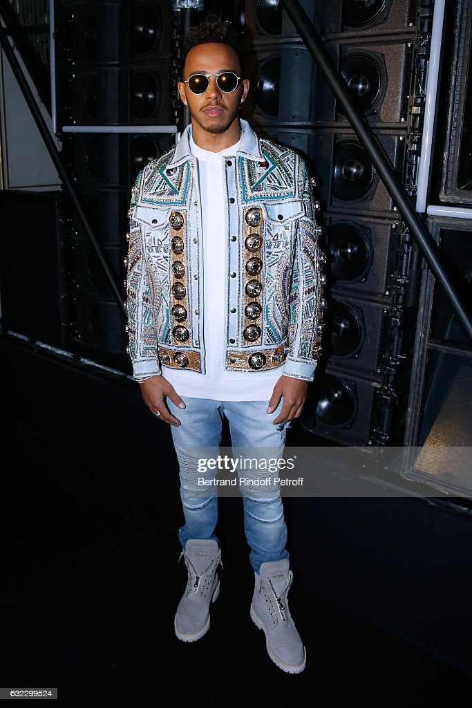 formula-one-driver-lewis-hamilton-dressed-in-balmain-attends-the-picture-id632299524