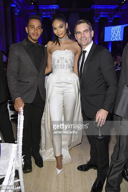 Formula One Driver Lewis Hamilton Model Chanel Iman and Race Car Driver Jeff Gordon attend the 2016 amfAR New York Gala at Cipriani Wall Street on...